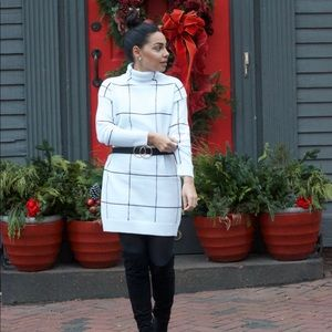 Sweaters - BLACK AND WHITE PATTERNED SWEATER DRESS